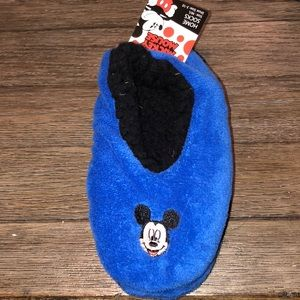 Disney Mickey Mouse sock slippers size M/L